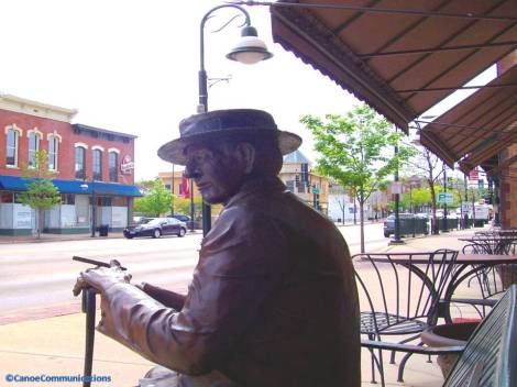 bronze scuplture on St. Charles main street