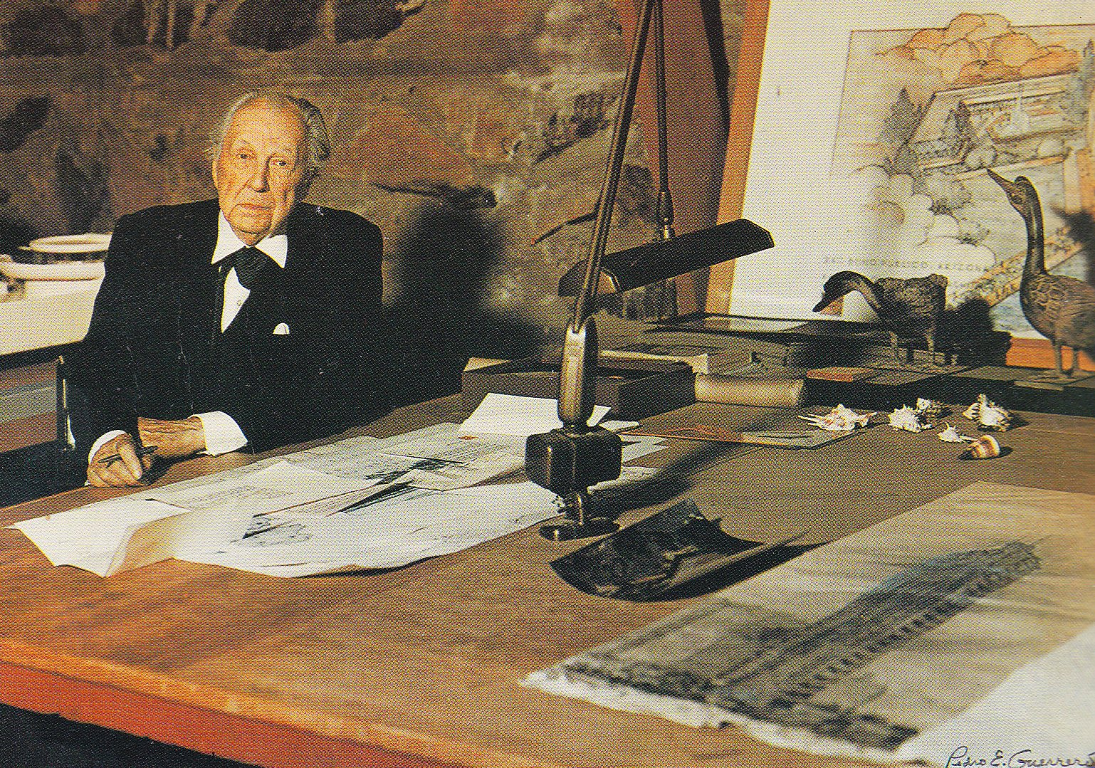 Frank Lloyd Wright | Canoe Communications