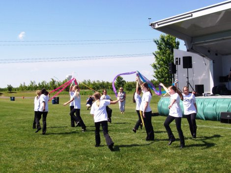children's dance group performance