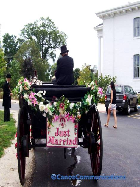 Just Married Carriage
