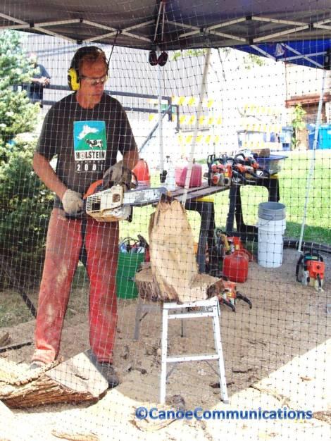 chainsaw artist