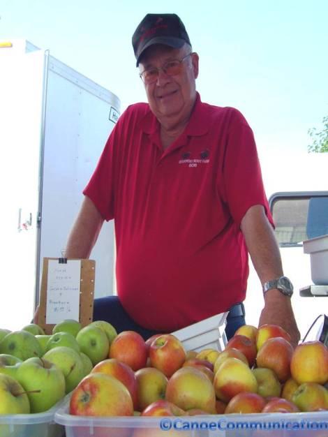 Riverfront Berry Farm apples